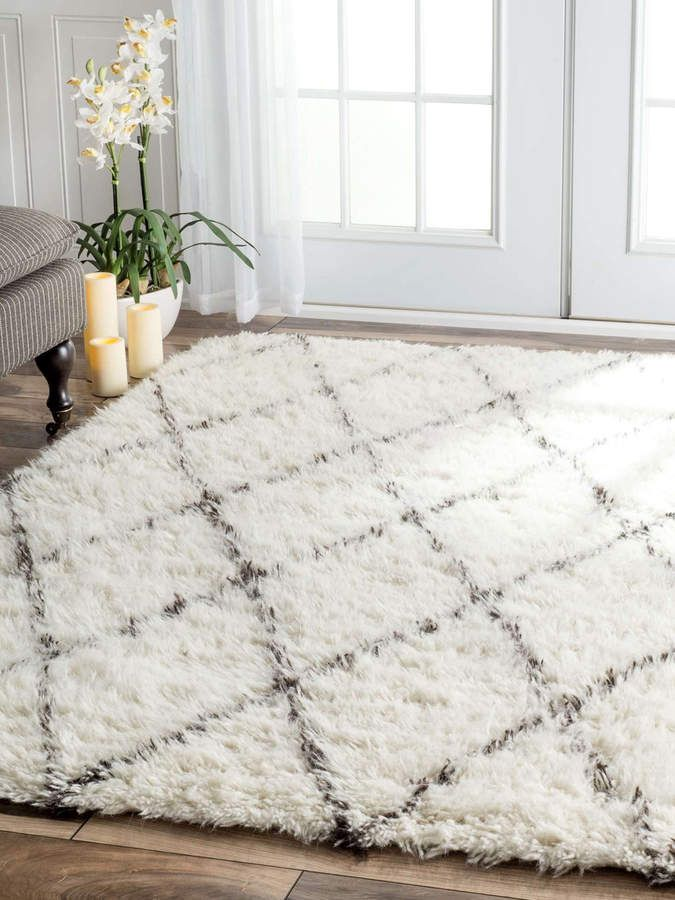 how to choose a rug color